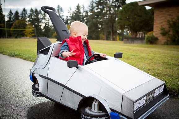 push-cart-delorean